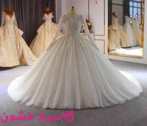 فستان زفاف منقوش بقصه سندريلا